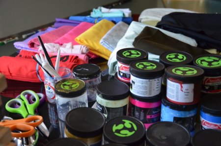 Screenprinting ink