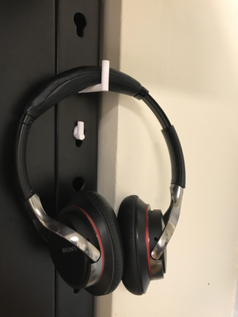 a2116bd2112 In the end I got my final product which is functional and met my particular  need of having a headphone hook that worked with my desk.